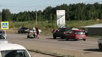 «Нырнула между машин не останавливаясь»: в Челябинске сотрудница ФСБ сбила на «зебре» медика
