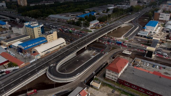 Новый путепровод на развязке Мельникайте — 30 лет Победы будут поливать соленой водой