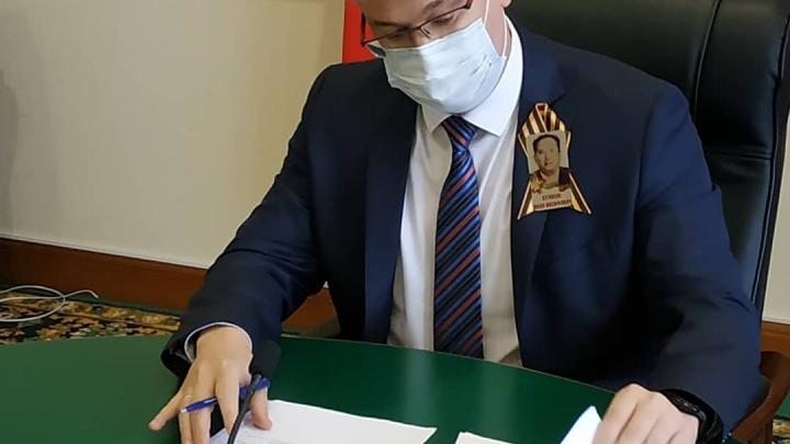«Нужно спасти завод»: власти Кузбасса ищут инвестора для скандального предприятия региона