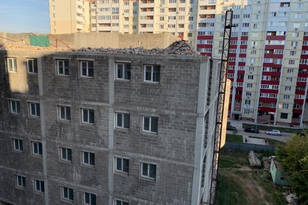 Судя по материалам суда, здание построили без разрешения