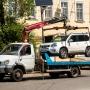 На улице Мориса Тореза запретят парковку