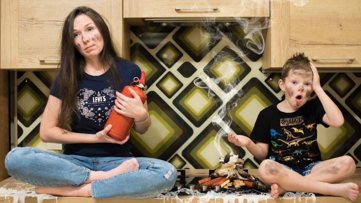 «Оставила кастрюлю без присмотра, чуть не спалила дом»: жизненные истории уральцев о бытовом газе
