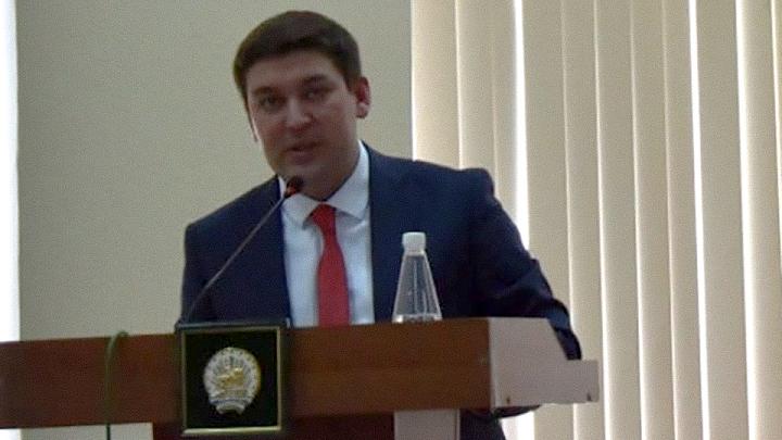 «Откуда такие большие деньги?»: Хабиров удивился решению главы района в Башкирии о ремонте дорог