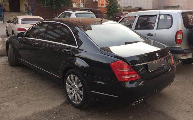 В Уфе воришка, который украл банкомат из магазина, купил себе Mercedes S350