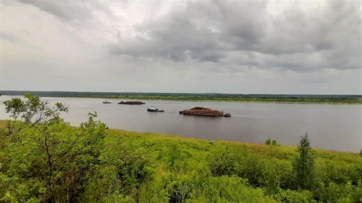 В навигацию 2020 года ГК «Титан» перевезла водным транспортом 700 тысяч кубометров лесосырья