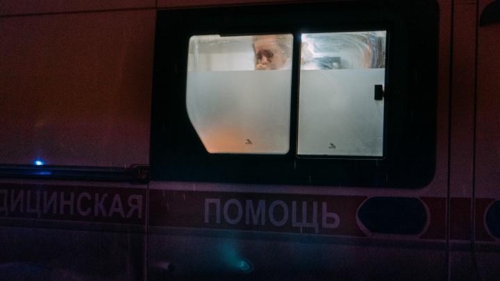 Омичку, которую на скорой привезли к Минздраву, выписали из БСМП-2