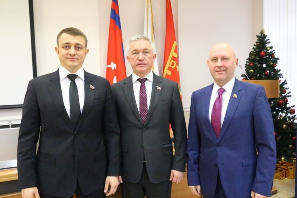 Двум из трех руководителей городской думы Волгограда повезло с богатыми жёнами