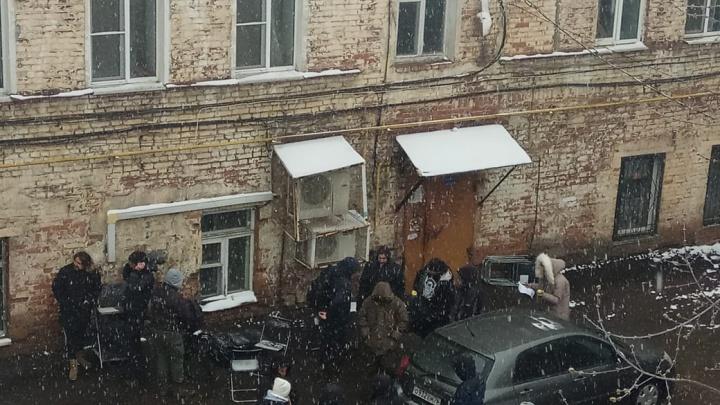 «Боимся выходить на улицу»: ярославцы сдали полиции съемочную группу с московскими номерами