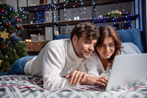 Кино и сериалов с лихвой хватит не только на новогодние каникулы, но и на все длинные зимние вечера