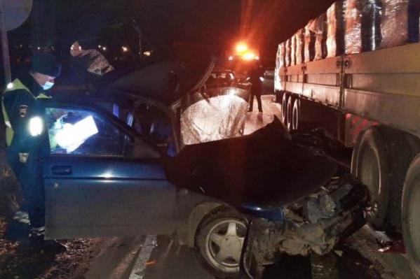 В такой аварии у водителя ВАЗа не было шансов выжить