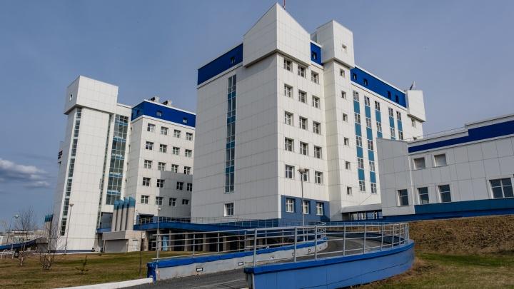 В Перми врачи пять раз делали внутриутробное переливание крови, чтобы спасти еще не родившуюся малышку