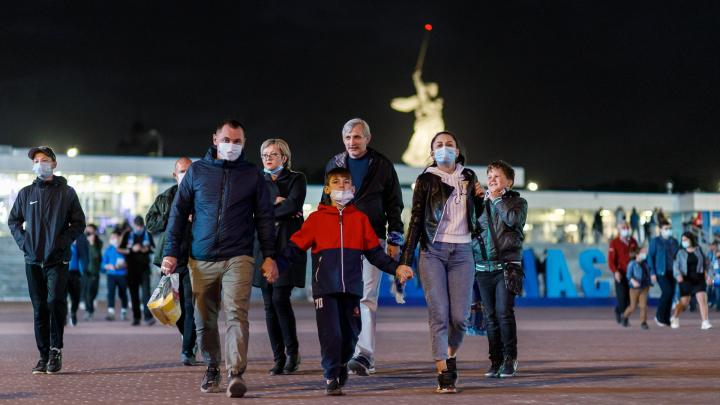 «Город, которому отдано моё сердце»: болельщики «Ротора» на матче с «Рубином» в Волгограде