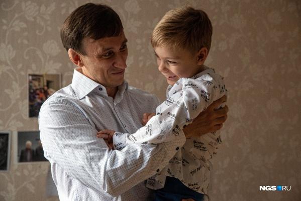 После рождения Лёвы Константин Чередников отказался от успешной карьеры менеджера — потому что семья важнее