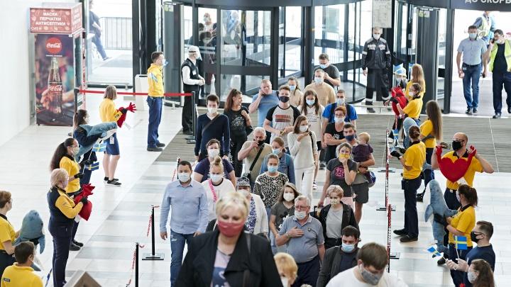 Пускают только 900 человек: IKEA в Екатеринбурге открылась после четырехмесячных каникул
