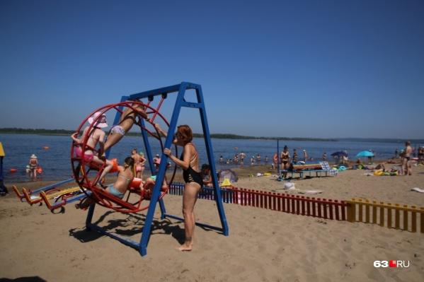 Прошедшие через самоизоляцию самарцы наслаждаются солнечной погодой в городе-курорте