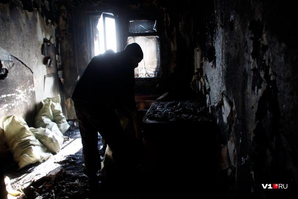 Очаг возгорания был на кухне, рядом с газовой плитой