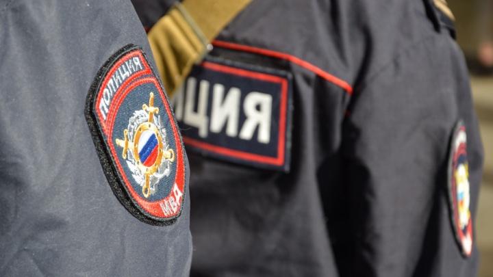 «Шли со смены и увидели дым»: в Камышлове трое полицейских спасли от огня спящих людей
