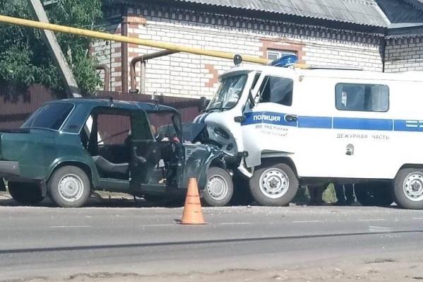 Водитель легковушки погиб, в «буханке» никто не пострадал