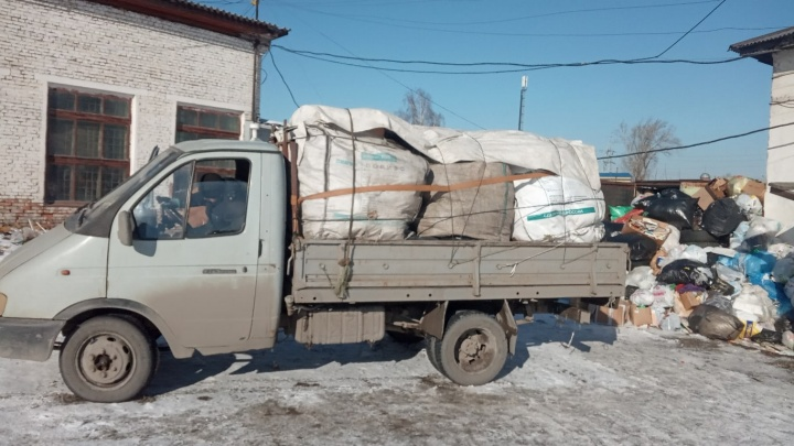 В Красноярске для переработки начали принимать пачки из-под «Доширака» и контейнеры от яиц