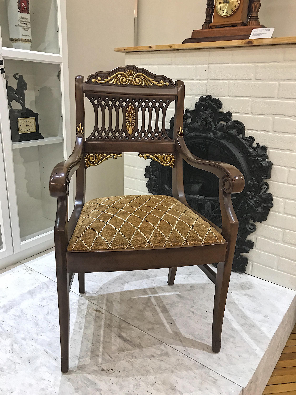 А это кресло экс-мэра Екатеринбурга Евгения Ройзмана