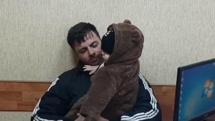 Отдохнули по-мужски: полиция нашла пропавших в Волгограде 34-летнего мужчину с младенцем
