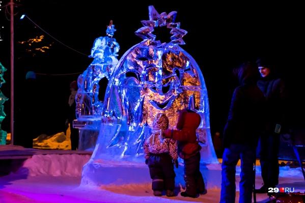 Погода в области пока что не зимняя, но в декабре в центре Архангельска должны появиться ледовые фигуры