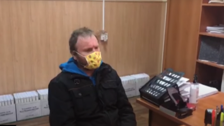 СК показал видео признательных показаний хакера из Самары