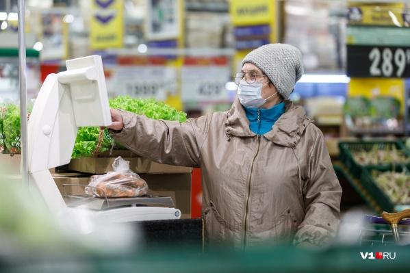 За волной гречневого ажиотажа приходит новая проблема: падение доходов россиян
