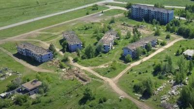 Строили для заводчан: видеоблогер снял мертвый город под Самарой с высоты птичьего полета