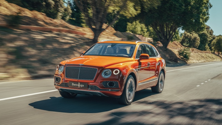 Компания Bentley выпустила 20 000 экземпляров внедорожника, признанного эталоном роскоши