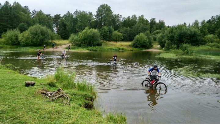 «30 километров жесткача»: екатеринбурженка — о поездке на велосипеде, ставшей самой сложной в ее жизни