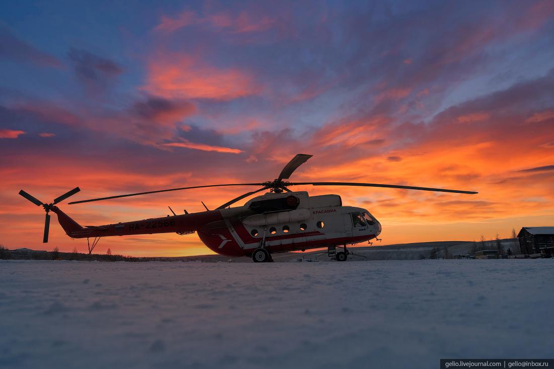 Вертолеты могут подниматься в воздух при температуре не ниже -45 градусов. Помимо мороза, вылет может быть отложен из-за сильного ветра, ограниченной видимости или обледенения по причине мокрого снега