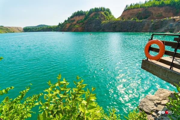Голубые озера — это рукотворные сооружения