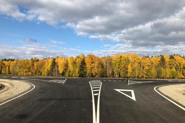 «ДорстройГрупп» наращивает объемы строительных работ, участвуя в дорожных проектах федерального и областного значения<br>