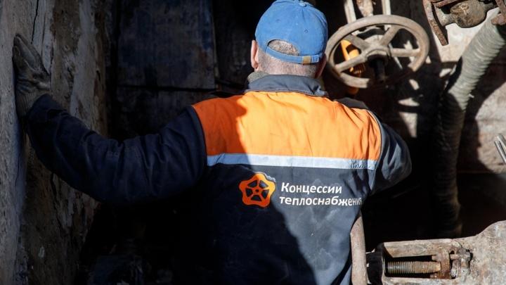 «Одели потеплее и отправили в морозильник»: в Волгограде без отопления оставили лицей с двумя тысячами детей