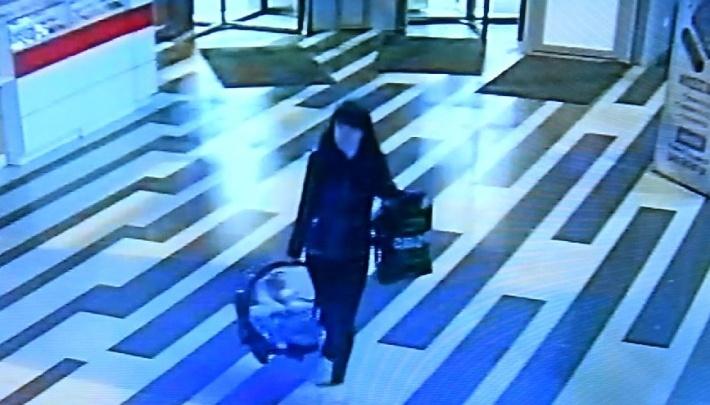 В Екатеринбурге нашли мать, которая бросила ребенка в «Антее»