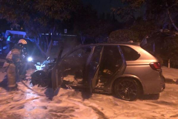 Пожар случился на улице 339-й Стрелковой дивизии, 12б