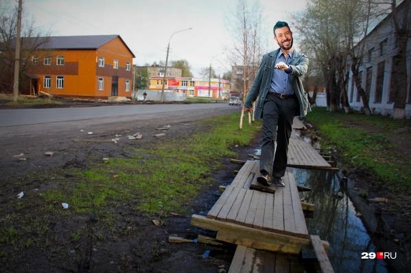 Деревянные тротуары нравятся Артемию Лебедеву. А вам?