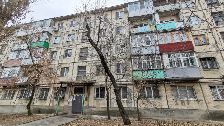 Логвиненко отчитал главу Пролетарского района за попытку снести дом без обсуждения с жильцами