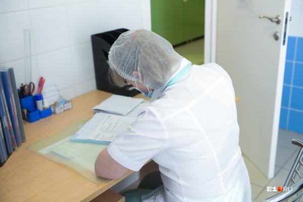 Дети не смогли сделать все плановые прививки из-за пандемии COVID-19
