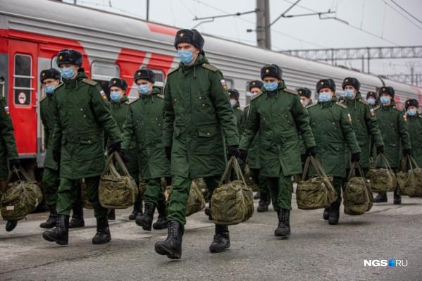 В настоящее время в Центральный военный округ поступила первая партия вакцины против коронавируса