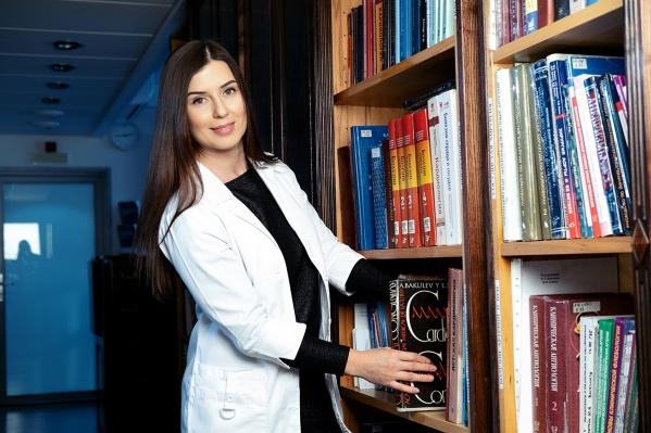 Врач функциональной диагностики, кандидат медицинских наукАлександра Таркова смонографией Евгения Мешалкина «Врожденные пороки сердца»