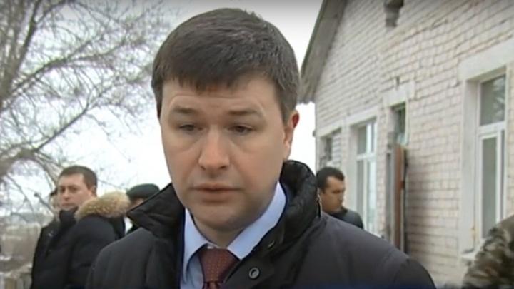Федерального инспектора Волгоградской области обязали сесть на карантин из-за коронавируса