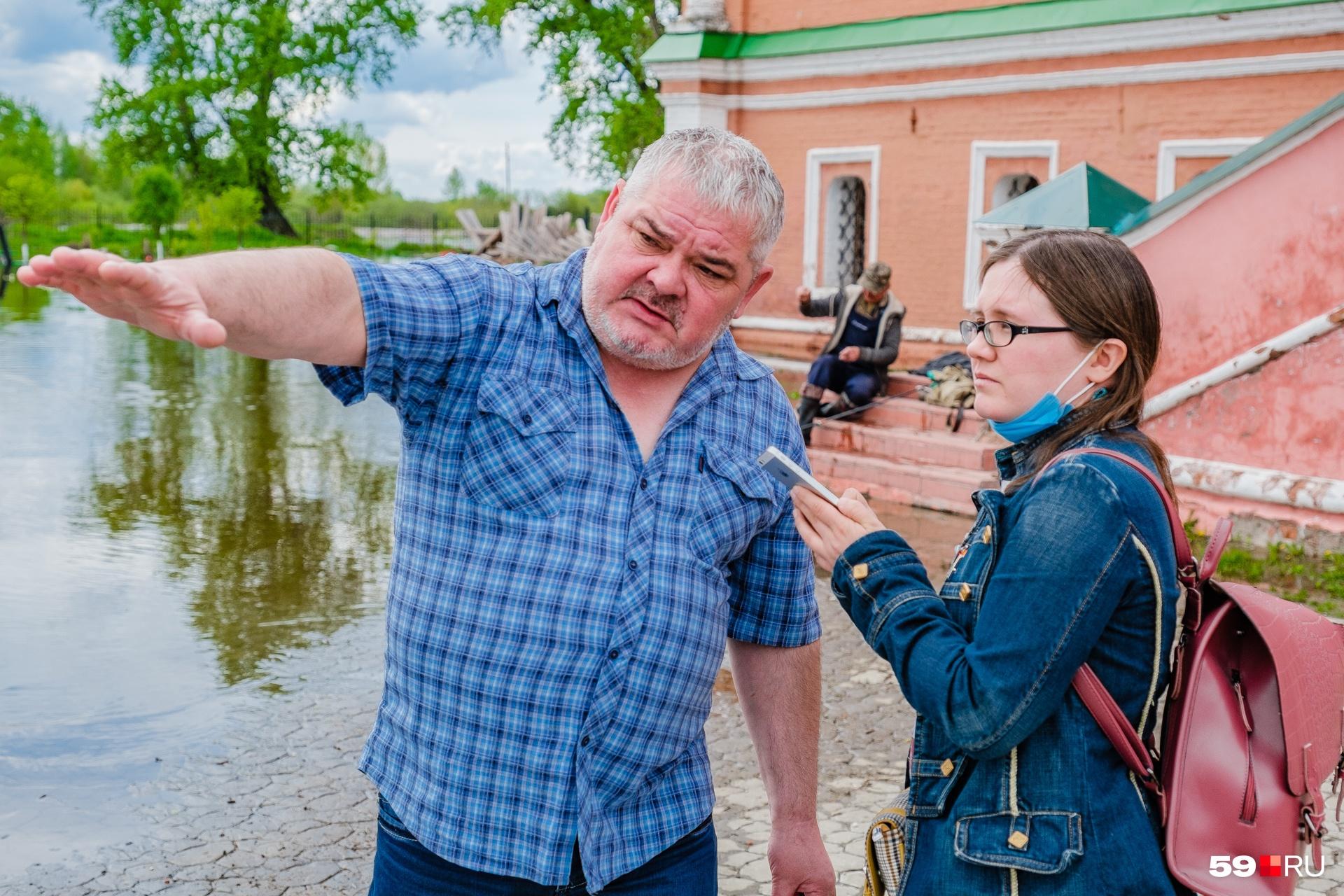 Станислав Хоробрых рассказывает, что так высоко вода не поднималась давно