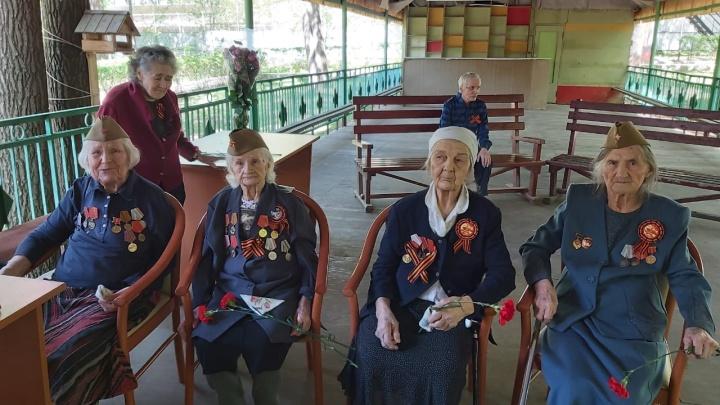 «А вы позаботились о пожилых родственниках?»: как защитить близких на самоизоляции