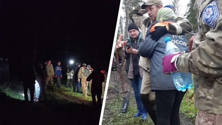 «Медведицу отвлекали тушей коровы»: в тайге искали всю ночь двух женщин с таксой