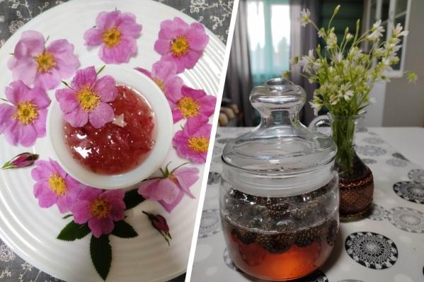 Варенье из цветков шиповника получается розового цвета, а из шишек — янтарного