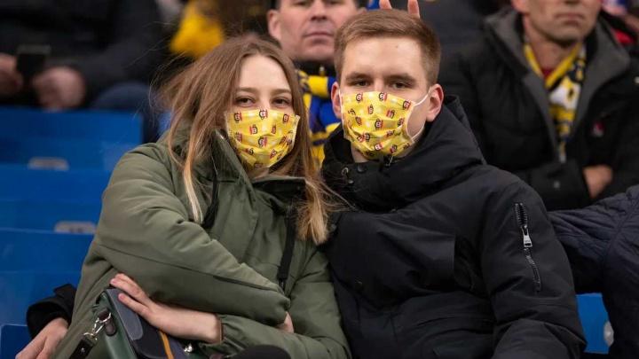 «Почему бы не нажиться на ситуации»: в Уфе появились маски от коронавируса. За бешеные деньги