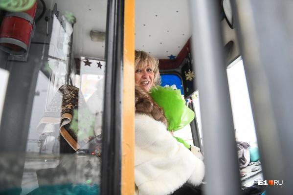 Оксана Мирошниченко осталась работать водителем трамвая, несмотря на крупный выигрыш