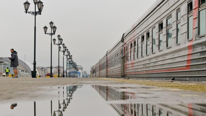 Из-за перекрытия Северодвинского моста утренний поезд Москва — Архангельск придет с опозданием